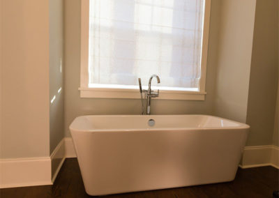 bath6011